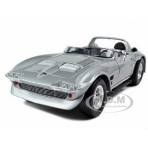 """พรีออเดอร์ โมเดลรถ รถกระบะ US Dom's Chevrolet Corvette Grand Sport สีเงิน """"Fast & Furious"""" สเกล 1:18"""