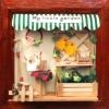 DIY Cabin Mini Photo Frame.. . กรอบรูปไม้สีน้ำตาล ตกแต่งด้วยไฟและจัดวางของใช้ภายในบ้านอย่างสวยงาม