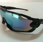 แว่นตา OAKLEY JAWBREAKER สีดำ เลนส์สว่าง