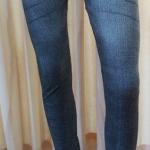 กางเกงเลคกิ้ง 9 ส่วน ผ้า Spendex สีดำซีด (ลายสนิม)