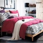 ผ้าปูที่นอน ลายม้าลาย Zebra Bedding สีแดง
