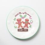 """จานเซรามิค Mister Donut """"Sesame Street - 2003 Merry Christmas!"""""""
