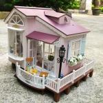sweet house ~ บ้านสวยพร้อมระเบียงอันอบอุ่น