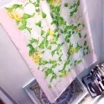 ผ้าพันคอ Chanel สวยพรีเมียม ลายดอกไม้และ CC ทอง เนื้อผ้าซาตินพริ้วเบา ขนาดประมาณ 70x180 cm. พันคอ คลุมไหล่สวยไฮโซ