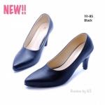 รองเท้าคัทชูสีดำ สวยสุภาพ วัสดุเป็นหนังเทียม ดีไซน์ทรงหัวแหลม ส้นสูง 3 นิ้ว ให้ลุคสาวเรียบร้อย ดูเป็นทางการ ใส่ทำงาน ใส่เรียน ใส่ รับปริญญาได้ทุกโอกาส (111-85)