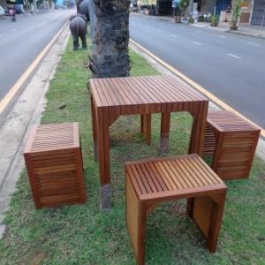 """ชุดโต๊ะเก้าอี้สนาม """"ชุดราด-รี บางแพ"""" 4 ที่นั่ง"""