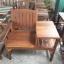 เก้าอี้ไม้เก่าพร้อมโต๊ะข้าง thumbnail 2