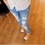กางเกงคลุมท้องยีนส์ขายาวสีฟ้าอ่อน มีรอยขาด thumbnail 2