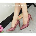 รองเท้าคัทชู ส้นสูง Plush Heel Shoes งานสวยระดับ Hi-end โดดเด่นของตัวส้น Luxury Style ความเก๋บนความหรูของตัวหนังที่เย็บเดินเส้นได้อย่างบรรจง สูง 4 นิ้ว อัพลุ้คสาวๆ ให้กลายเป็นสาวสวยมีระดับ แมทสวยได้ทุกชุด สีครีม แดง (FH333)