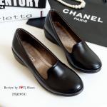 รองเท้าคัทชู ส้นเตารีดเพื่อสุขภาพ ทำจากหนังนิ้ม ทรงหัวมนสวยเรียบหรู สามารถใส่ได้เรื่อยๆ สูง1.5 นิ้ว สีดำ