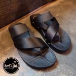 """รองเท้าแตะ แบบสวมนิ้วโป้ง Style Fitflop ทรงเท่ห์ๆ กับความเก๋ เดินนุ่มใส่สบายทุกย่างก้าว แมทเก๋ได้ทุกวัน สูง 1.5"""" สีดำ แดง"""