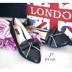 รองเท้าคัทชู Ribbon Flat Style ทรงส้นเตี้ย หัวแหลมไม่มาก แต่งอะไหล่โบว์ม้วน สุดน่ารัก วัสดุหนังอย่างดี บุรองนิ่ม สบายเท้า ใส่สวย ดูเท้าเรียวเล็ก สีดำ