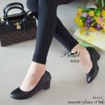 รองเท้าคัทชู สีดำ ทรงหัวมน เรียบเก๋คลาสสิค วัสดุหนังพียูนุ่มๆ ดีเทลเก็บขอบเข้ารูป ้กระชับเท้า พื้นบุนวมนุ่มมาก งานสวย แมทง่าย ใส่สบาย ได้ทุกโอกาส สูง 2 นิ้ว