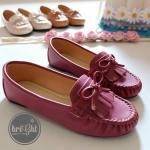 รองเท้าคัชชู ทรง Loafer สไตล์วินเทจสุดน่ารัก ตกแต่งหน้าโบว์ พู่หนังด้านหน้า หนังนุ่มใส่สบายเท้า สวยน่ารักได้กับทุกชุด