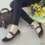 รองเท้าคัทชู ส้นเตี้ย สวยเรียบเก๋ วัสดุหนังพีฉลุลาย สายคาดแบบเมจิกเทป พื้นรองเท้าแบบ Slip on กันลื่นอย่างดี งานน่ารัก ใส่ได้ทุกวัย โทนสุภาพ แมท ง่ายทุกชุด สูง 2 เซน สีดำ ขาว