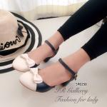 รองเท้าคัทชู ส้นเตี้ย สวยเก๋น่ารัก ตัดสีทูโทน แต่งโบว์น่ารักสไตล์เกาหลี สาย รัดข้อตะขอเกี่ยวปรับได้ สูง 2 นิ้ว แมทซ์เสื้อผ้าง่าย ใส่ได้บ่อยๆ สีกรม เทา