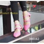 รองเท้าคัทชู ส้นแบน Double Ankle Flats ดูดีมีสไตล์ คล้ายงานช้อป วัสดุ หนังอ่อนนุ่ม เก๋ๆ ด้วยการดีไซน์สายรัดแบบเข็มขัดคู่ ให้ความรู้สึกทั้งหวาน และเท่ห์ แบบสาวมั่น แมทสวยได้ทุกชุด สีครีม ดำ ชมพู แดง (366162)