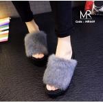 รองเท้าแฟชั่น ส้นมัฟฟิน ขนเฟอร์สไตล์ PUMA สุดเก๋ ขนหนาฟูฟ่อง นุ่มมากๆ น้ำหนักเบา ใส่สบาย แมทสวยเก๋ได้ทุกวัน สูง 2.5 นิ้ว (MR669)