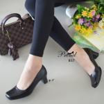 รองเท้าคัทชู ทรงหัวตัด สีดำ เรียบหรูคลาสสิค วัสดุพียูเงา ทรงเก็บหน้าเท้า ดูสุภาพเรียบร้อย ดูแลทำความสะอาดง่าย น้ำหนักเบาสบาย ใส่ได้ทุกวัยทุก โอกาส สูง 2 นิ้ว