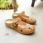 รองเท้าคัทชู ทรงสวม เปิดส้น สวยหวานน่ารัก หนัง pu เงานิดๆ แต่งลายจุดเก๋ สายคาดปรับได้ ทำความสะอาดง่าย แมทสวยได้ทุกชุด สูง 1 cm สีดำ น้ำตาล กากี