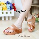 รองเท้าแตะสไตล์ลำลอง เพื่อสุขภาพ แบบสวมหนีบนิ้วโป้ง แต่งสายคาดเฉียง เก๋ๆ สไตล์ฟิตฟลอบ กระชับเท้า พื้นซอฟคอมฟอตนิ่ม เสริมพื้น 1 นิ่ว ใส่สบาย ได้ทุกวัน สีดำ น้ำเงิน น้ำตาล เทา แดง
