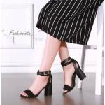 รองเท้าส้นสูง HIGH CLASS LUXURY COLLECTION สายหนังกลับเก๋ไก๋ ด้วยวัสดุหนัง pu ฟอกเลียนแบบหนังแท้ งานคุณภาพดีอยู่ทรง สายพันข้อเท้า แบบ 2 รอบปรับระดับได้ อะไหล่ตะขอสีทองเงา ส้นหนาเดินง่ายใส่สบาย งาน จริงสวยเหมือนแบบ แมชชุดได้หลายแนว