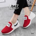 รองเท้าผ้าใบแฟชั่น เสริมส้น แต่งป้าย LOVE สุดเก๋สไตล์เกาหลี ทรงSport ใส่แล้วสวยเพรียวรับกับหน้าเท้า เสริมส้นกำลังดี ใส่สบาย