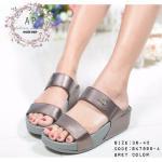 รองเท้าแตะสวม สำหรับคนรักสุขภาพ พื้นนิ่มใส่สบายเท้า สวม 2 ตอน งานใส่ สบายเท้า ติดอะไหล่ลาคลอสด้านหน้า สวยเรียบหรู
