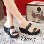 รองเท้าส้นเตารีด ดีไซน์สายคาดหน้า 2 ช่วงแบบเกรียวคลื่นสวยเก๋ สูง 3 นิ้ว ทรงสวย น้ำหนักเบา ใส่ได้หลากหลายโอกาส สีดำ