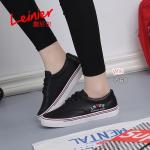 รองเท้าผ้าใบ สไตล์ Play หนัง PU งานนุ่มใส่สบายเท้า สวมใส่แล้วดูดีมาก งาน สวยใส่ไม่ซ้ำใคร แมทชุดไหนก็เก๋ สีขาว ดำ