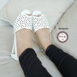 รองเท้าคัทชู ส้นเตี้ย หนังฉลุลายดอกไม้น่ารักวินเทจ หนังนิ่ม ดีเทลสวยงาม ด้านในหนังกลับนุ่มๆ ใส่สบาย โปร่งใส่ได้ทั้งวัน สีกากี ขาว
