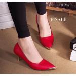 รองเท้าคัทชู ส้นเตี้ย ZARA style หนังอย่างดี ทรงสวย Classic สวยหรู แต่งอะไหล่ทองด้านหน้า เพิ่มความดูดีด้วยส้นสีทอง ทรงสวยเก็บหน้า เท้า พื้นนิ่มอย่างดี แมทชุดได้ง่าย สวยทุกชุด สีดำ ชมพู ทอง สูง 2 นิ้ว (FH-292)
