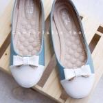รองเท้าคัทชู บัลเลต์หัวกลม ติดอะไหล่น่ารักสีพาสเทล และยังคงใส่นุ่มสบาย ตามสไตล์ BaBeauShoes พื้นเสริมฟองน้ำหนาเย็บลวดลาย แมทสวยน่ารักได้ ทุกชุด