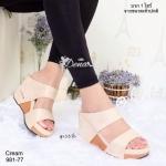รองเท้าส้นเตารีด ทรงสวมคาดสองตอน งานสวย วัสดุนุ่ม พื้นบุนวมเล็กน้อย พื้นด้านล่างกว้าง ทุกก้าวมั่นคงไม่ล้มง่าย งานสวยแมทง่าย ใส่ได้ทุกโอกาส สูง 3.5 นิ้ว