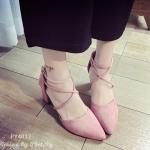 รองเท้าคัทชู แบบหุ้มส้น สวยเก๋ สวยรัดข้อไขว้หน้า งานนำเข้า ส้นตัน ทรงสวย ดูเท้าเพรียว ส้นสูงประมาณ 2.5 นิ้ว กำลังพอดี สวมใส่สบาย แมทเก๋ได้ทุกชุด สีดำ ชมพู