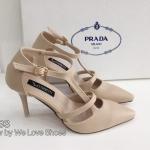 รองเท้าคัทชู หัวเเหลม สไตล์ Prada ทรงสวย แพทเทรินเป๊ะ หนังนิ่ม รัดข้อตะขอเกี่ยว ปรับระดับได้ สูง 3.5 นิ้ว ใส่สบายสุดๆ งานสวยมาก สีครีม ดำ ทอง