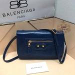 กระเป๋าหนัง Balenciaga 8 นิ้ว สะพายข้างสวยเก๋ หนังเนียนมันเงา แต่งซิปหน้าสไตล์บาลองเซียก้า พร้อมกระจก สายยาวถอดได้ การ์ด และถุงผ้า