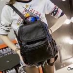 """กระเป๋าเป้ korea fashion backpack หนังนิ่มน่าใช้ วัสดุเเกรดพรีเมี่ยม ด้านหลังมี ช่องซิปลับใส่ของได้ สีดำ Size 11x12"""""""