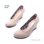 รองเท้าคัชชู เรียบหรู งานกำมะหยี่อย่างดี ส้นเตารีด เนียนสวย สวมใส่สบาย ส้นสูง 2.5 นิ้ว ใส่เรียน ใส่ทำงานแมทได้ทุกชุด