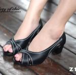 รองเท้าคัชชู หนังนิ่ม ZARA Style แบบหน้าไขว้ เว้าข้าง เปิดหน้าเล็กน้อย สูง 2 นิ้ว พื้นตีแบรนด์มนิ่ม น้ำหนักเบา ใส่ได้หลากหลายโอกาส ใส่ทำงาน ใส่เที่ยว จบในคู่เดียว