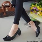 รองเท้าคัทชู สีดำ สุภาพเรียบร้อย ดีเทลหน้าขอบซ้อน หน้าเรียว วัสดุพียู เงาเกรดดี นุ่ม น้ำหนักเบา ส้นตัน แมทง่าย ใส่ออกงานได้ เรียบหรู ใส่ได้ทุก โอกาส สูง 2 นิ้ว
