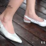 รองเท้าคัทชู หัวแหลม รัดส้น สไตล์ ZARA หนังนิ่มประดับคริสตัล งานสวยชนช็อป ขับผิวเท้าโดดเด่น น้ำหนักเบา แมทกับชุดไหนก็ง่าย งานขายดีใส่ได้ไม่มีเอาท์