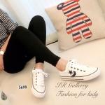 รองเท้าผ้าใบแฟชั่น Style converse แบบผูกเชือก แต่งโลโก้ดาวด้านข้างสุดเก๋ ใส่สวยและเท่ห์อย่างมีสไตล์ ส้นยางหนา 1นิ้ว สีเทา ขาว