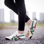 รองเท้าผ้าใบ สไตล์ onitsuka tiger แบบชนช้อป สีเป๊ะ แพทเทิร์นสวย ใส่สบายมาก พื้นยาง ผ้าเเคนวาสตัดหนัง สวยเท่ห์ สินค้ามาพร้อมกล่อง ป้าย onitsuka สี กรม เขียว แดง น้ำเงิน (NO145)