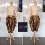 ชุดไทย ชุดไปงานแต่งงาน ชุดไทยเพื่อนเจ้าสาว ชุดโจงกะเบน ผ้าไหมดัชเชต เสื้อไหล่เดี่ยว คู่กับโจงกะเบน