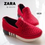 รองเท้าผ้าใบ แบบสวม slip on สไตล์ ZARA ผ้าหนาอย่างดี ปักคริสตัลหมุดดำ สุดเก๋ แน่นไม่มีหลุด พื้นสูง 1.5 นิ้ว วัสดุพื้นสปอร์ท น้ำหนักเบา ทรงสวย งานหา ยาก แมทเทห์ได้ไม่เหมือนใคร สีแดง (S820)
