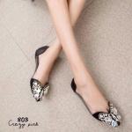 รองเท้าคัทชู ส้นแบน สุดหรู สินค้านำเข้า หน้าแต่งอะไหล่เพรช เม็ดเล็กและใหญ่ เป็นลายผีเสื้อ สวยมากด้านข้างเป็นพาสสติกใส แบบนิ่มไม่บาดเท้า ทรงสวย หน้า กว้างเก็บทรงได้ดีมาก แมทสวยได้ทุุกชุด