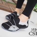 รองเท้าผ้าใบแบบไร้เชือก CSB sport พื้นนิ่มมาก ดีไซน์สวย เหมาะสำหรับ คนที่กำลังมองหารองเท้า พื้นนิ่มๆ สักคู่ เดินง่ายๆ สบายๆ ไม่ปวดเท้า ใส่ กระชับ สวมใส่ง่าย พื้นยางกันลื่นอย่างดี งานกล่อง CSB แมทเก๋ได้ทุกชุด