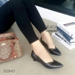 """รองเท้าคัทชู สไตล์ Zara โดดเด่นด้วยขอบหยัก สวยสะดุดตา มีขอบกันกัดด้านหลัง หน้าเรียว ใส่สบาย หนังนิ่มมาก งานขายดี แมทได้ทุกชุด สูง 1 """" สีดำ น้ำตาล น้ำเงิน แดง ทอง เทา"""
