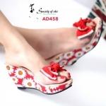 รองเท้าแฟชั่น Wedges Shoes Style ส้นเตารีดแบบสวม ดีไซน์สุดเก๋ ด้านหน้าพลาสติกใสเกรดเอ นุ่มไม่บาดเท้า แต่งโบว์สีแมทกับพื้นรอง เท้าลายดอกไม้สวยน่ารัก ส้นสูงประมาณ 3 นิ้ว เสริมหน้า 1 นิ้ว ใส่สวย สบายได้ทุกวัน